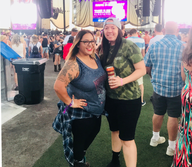 Jacqulyn Lopez (left) and Allison Gardner at the Harvest Festival in Las Vegas, Nevada, prior to Sunday's mass shooting.