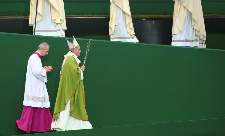 Image: Pope Francis arrives to celebrate a mass at the Renato Dall'Ara stadium during a pastoral visit in Bologna