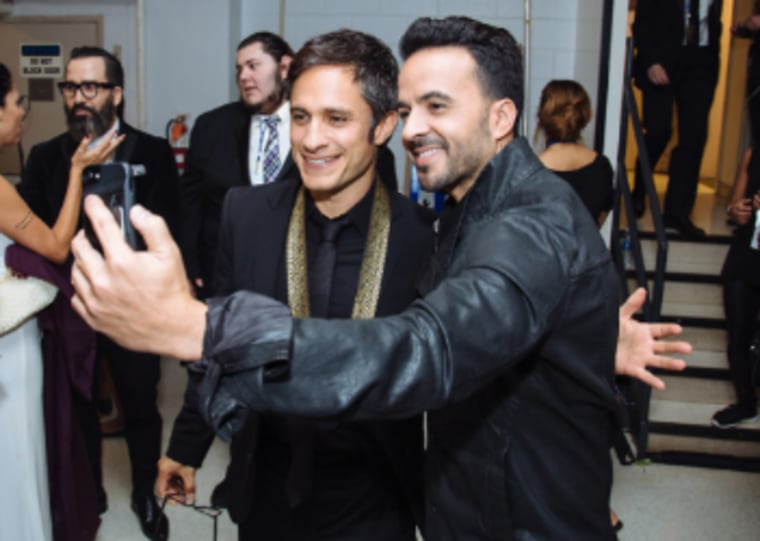 Luis Fonsi and Gael Garcia Bernal at the Hispanic Heritage Awards, Sept. 14, 2017.