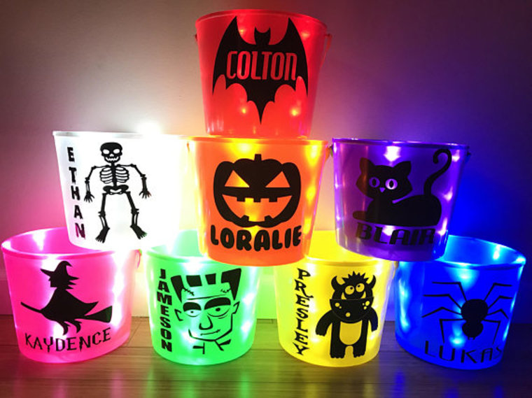 Light up Halloween bucket