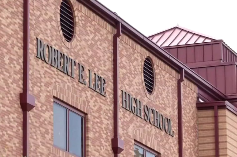 Image: Robert E. Lee High School in San Antonio