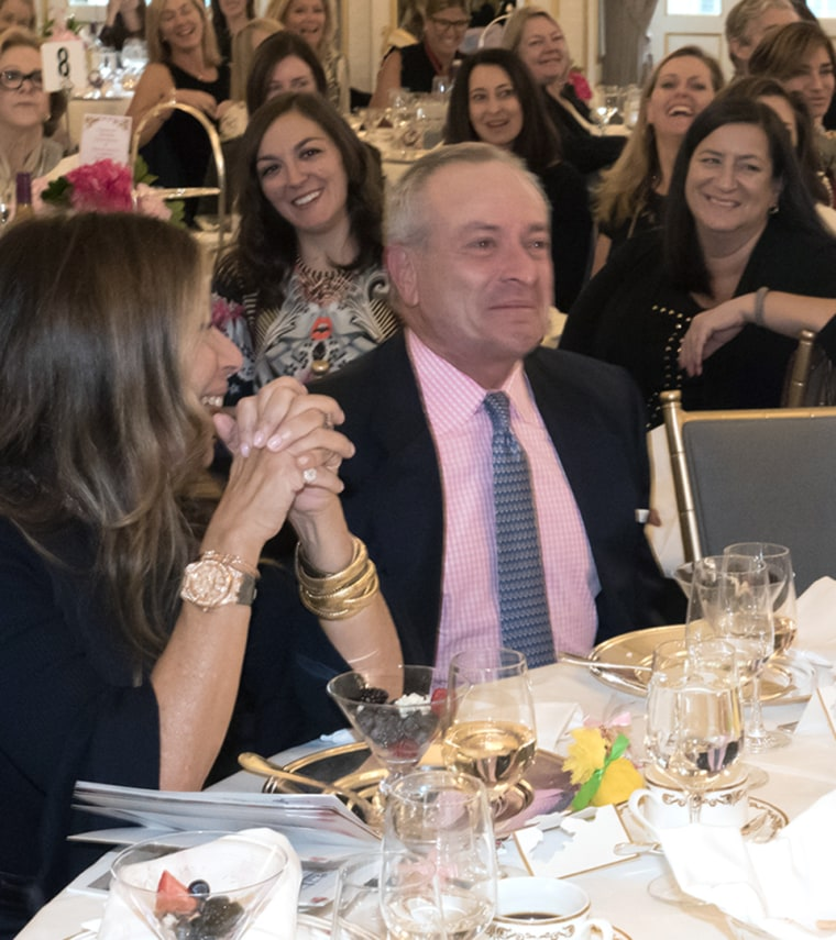 Hoda Kotb receives a Mother of the Year award from the American Cancer Society.