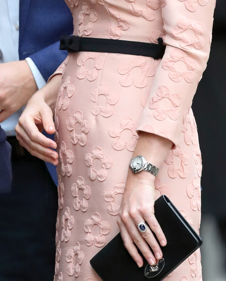 Why Duchess Kate doesn\'t wear colorful nail polish