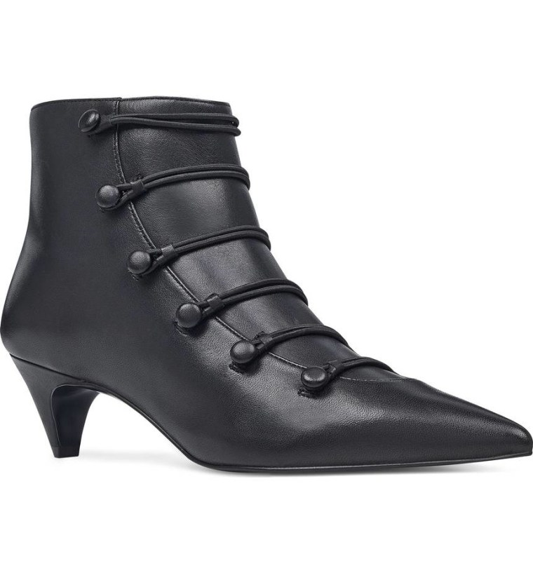 Victorian pointy boot