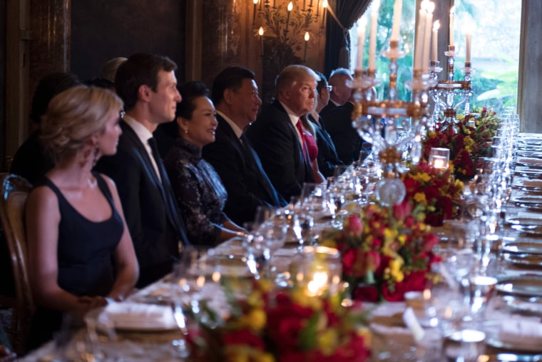 Image: Trump hosts Chinese President Xi Jinping at a dinner at the Mar-a-Lago