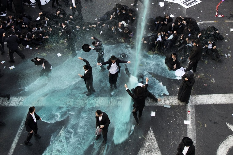 Image: Ultra-Orthodox Jews protest against army recruitment
