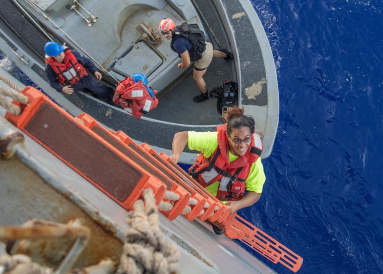 Image: US-MILITARY-RESCUE-USS ASHLAND
