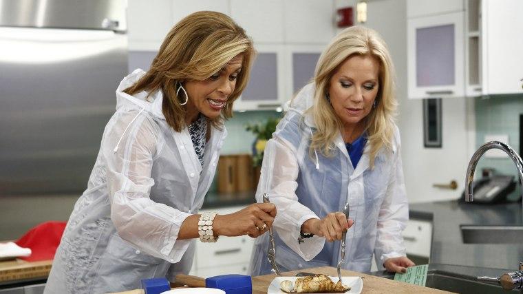 Kathie Lee and Hoda make fish