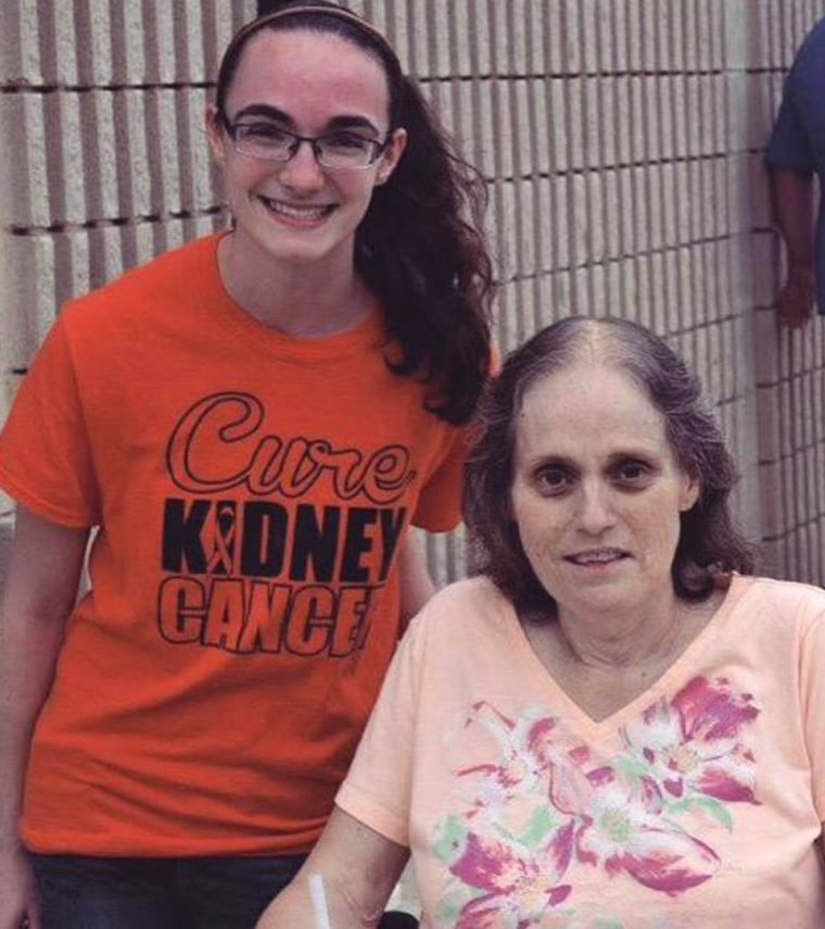 Mother writes her daughter one last letter before dying.