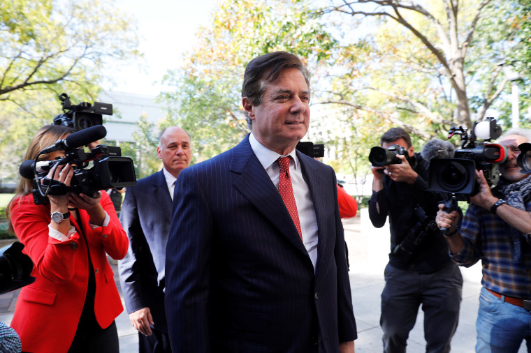 Image: Manafort arrives for a hearing at the U.S. District Court in Washington in November.