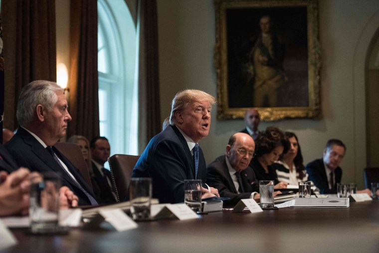 Image: US-POLITICS-TRUMP-CABINET MEETING