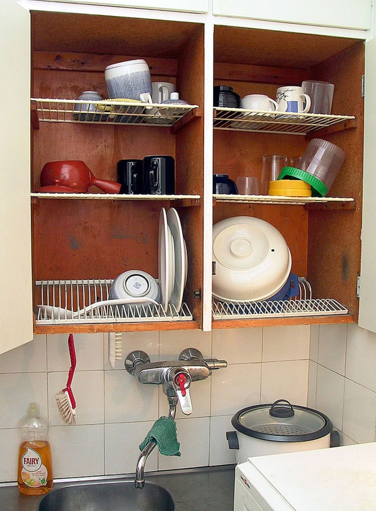 Dish-drying cabinet