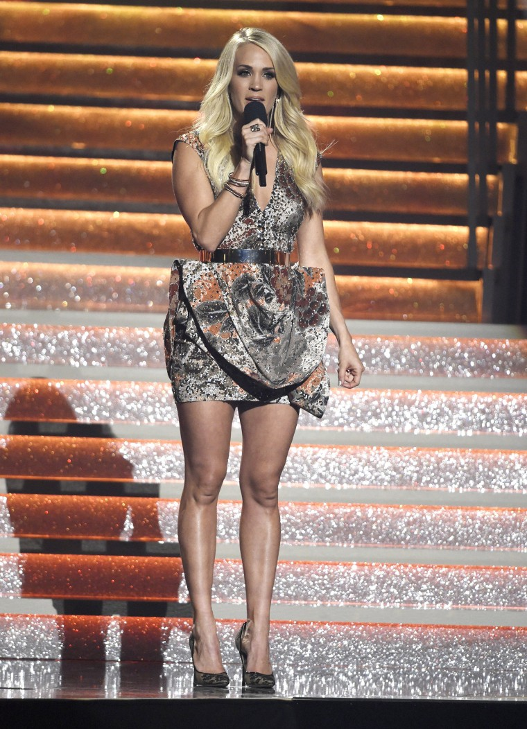 CMAs Carrie Underwood