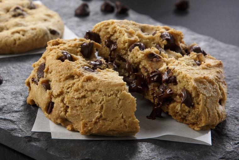 Mrs. Fields' Mega Cookie