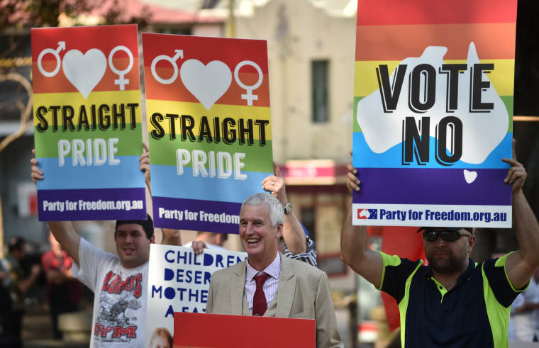 AUSTRALIA-ELECTION-HOMOSEXUALITY-MARRIAGE-RIGHTS-GAY