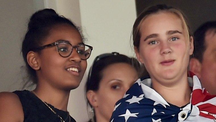 Sasha Obama and Maisy Biden