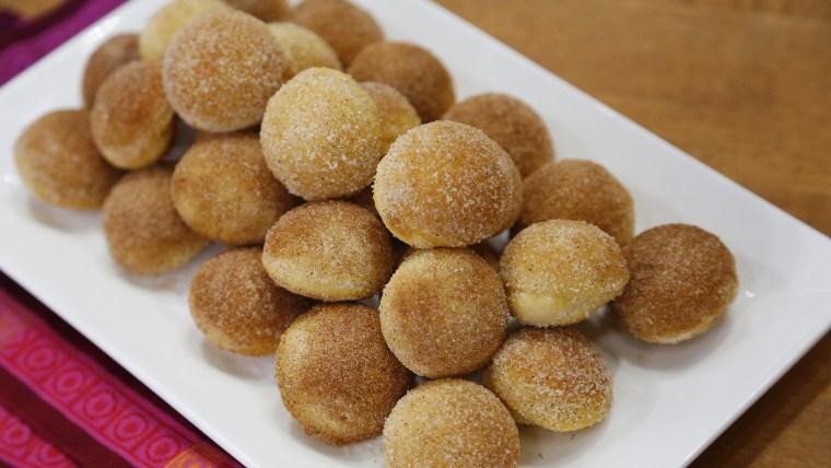 Joy Bauer's Cinnamon Sugar Doughnut Holes