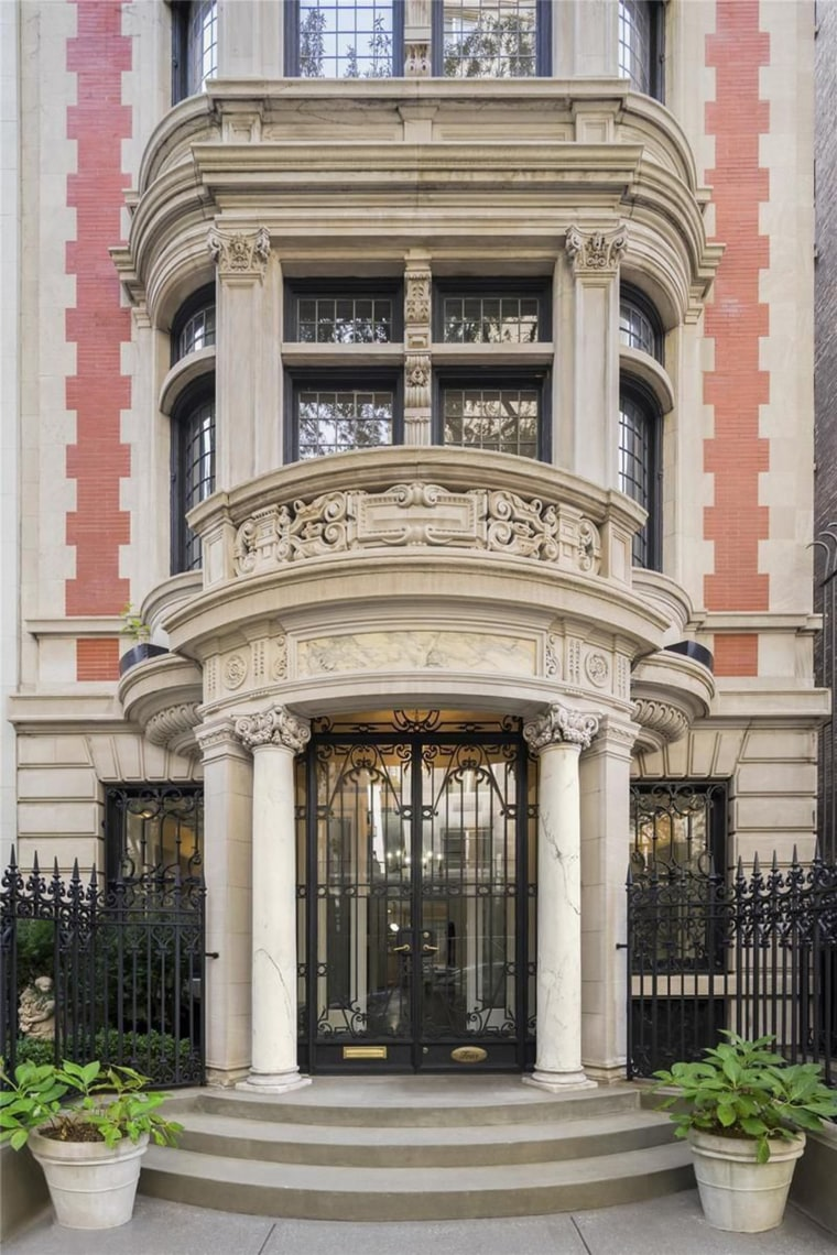 Michael jackson 39 s former nyc mansion is for sale for Home for sale nyc