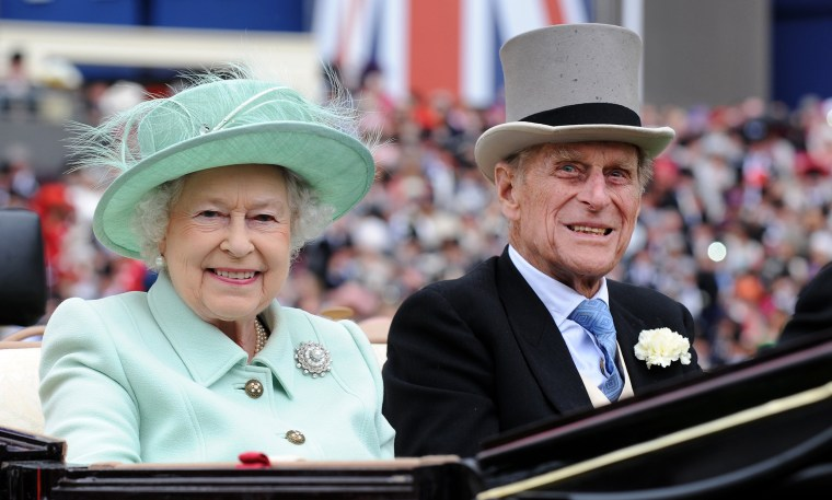Image: Queen Elizabeth and Prince Philip to celebrate platinum wedding anniversary