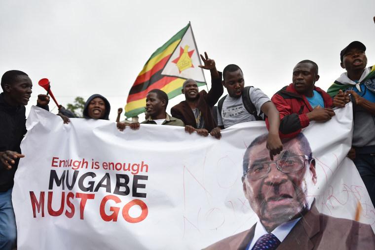 Image: Demonstrators descend on Harare