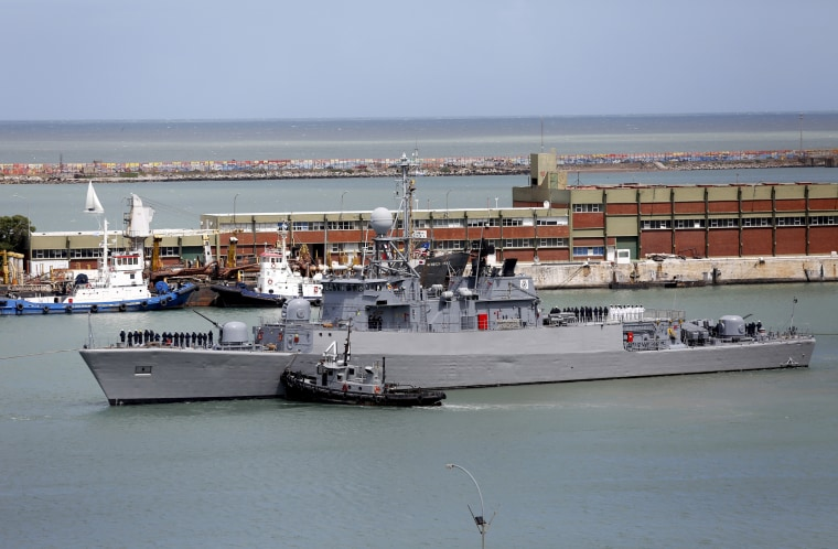 Image: Comandante Espora Argentine ship sails off the navel base