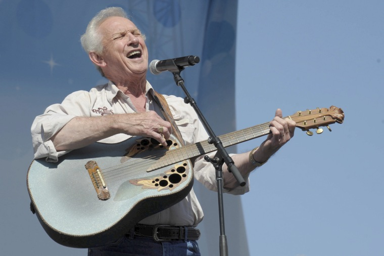 Image: Mel TIllis performs at the Riverfront Stage during the 2012 CMA Music Festival on June 9, 2012, in Nashville, Tennessee.