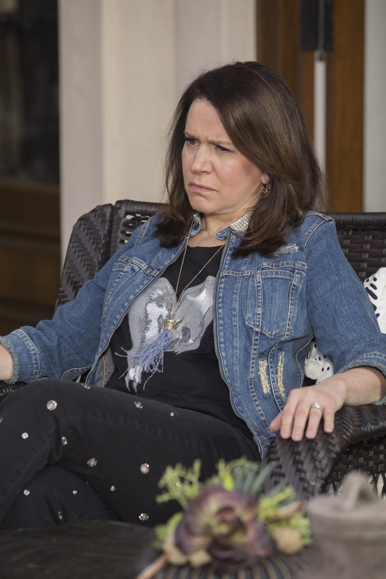 Susie Essman's crazy outfits on Curb Your Enthusiasm, Season 9