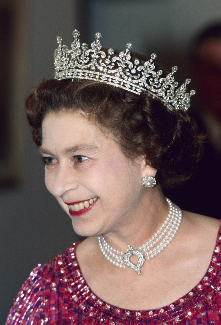Queen Elizabeth wore the choker to a royal engagement in Bangladesh in 1983.