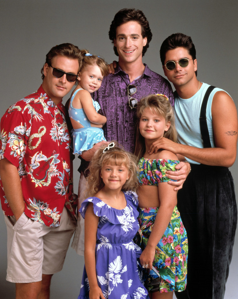FULL HOUSE, Dave Coulier, Mary Kate/Ashley Olsen, Bob Saget, Jodie Sweetin, Candace Cameron, John St