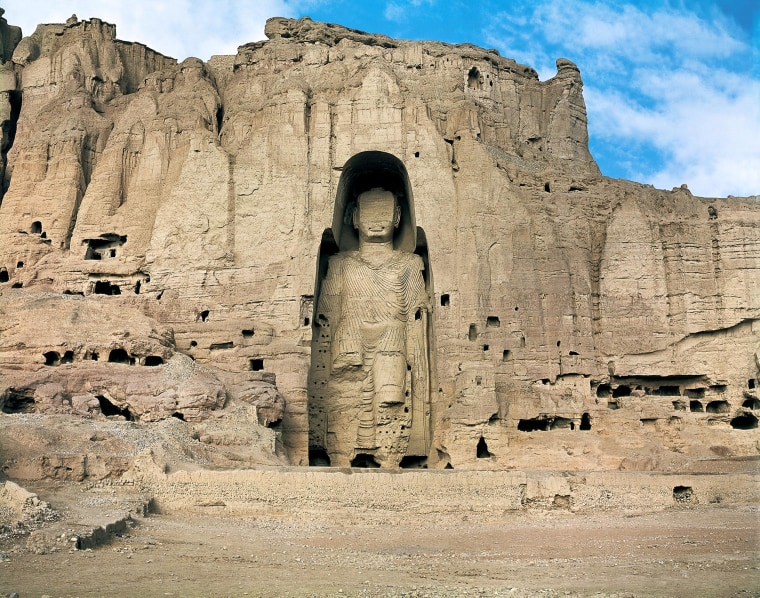 Image:One of the Bamiyan Buddhas