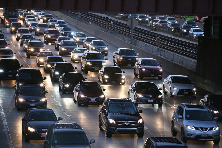 Image: Holiday Travel Ahead Of Thanksgiving Clogs Airports And Highways