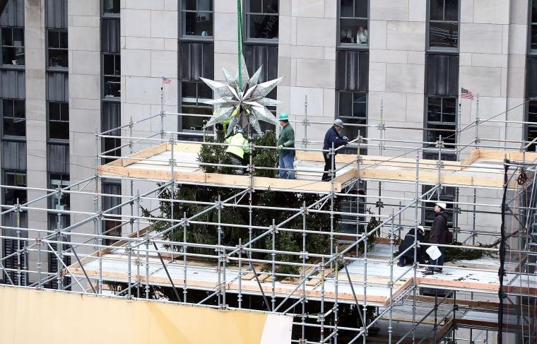 Image: 2017 Swarovski Star Raising to the Top of the Rockefeller Center Christmas Tree