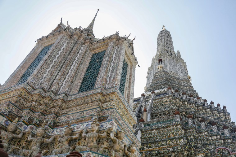 Image: Temple of Dawn (Wat Arun) in Bangkok - Thailand