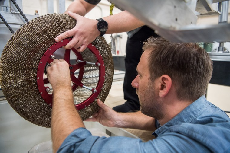 Image: NASA chainmail tire