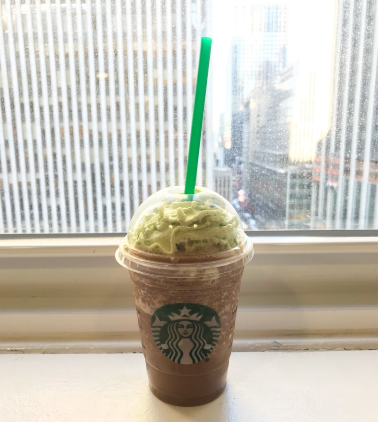 Christmas Tree Frap.Starbucks Christmas Tree Frappuccino Taste Test
