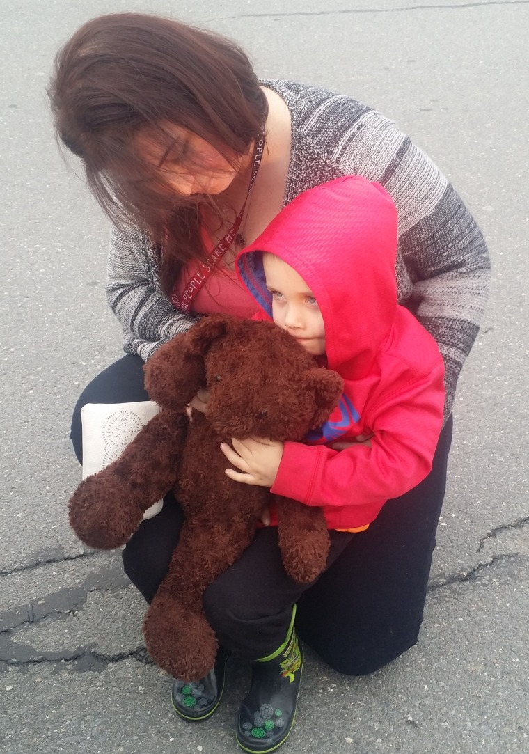 When 3-year-old Nathan Lambert lost a memorial teddy bear given to him after his father's death, the child was devastated.