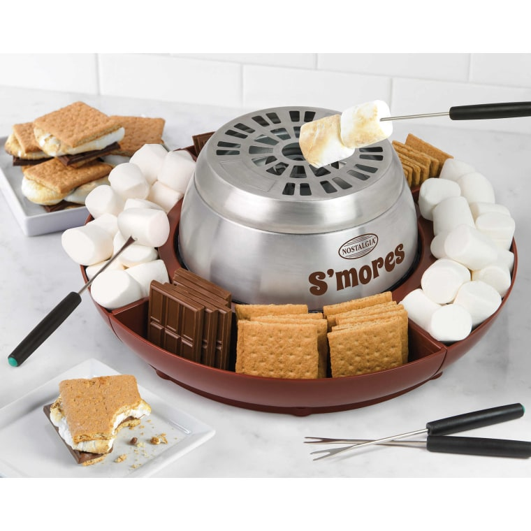 Nostalgia Electrics Lazy Susan S'Mores Maker