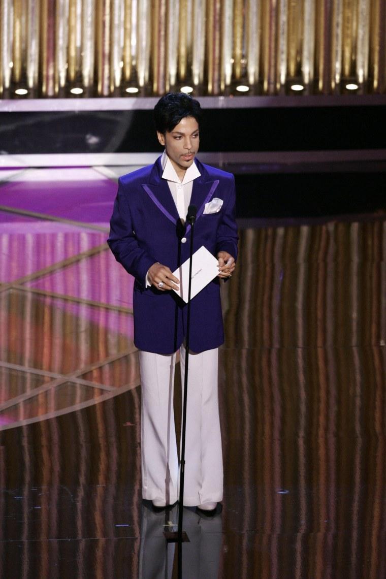 US musician Prince announces the Oscar f
