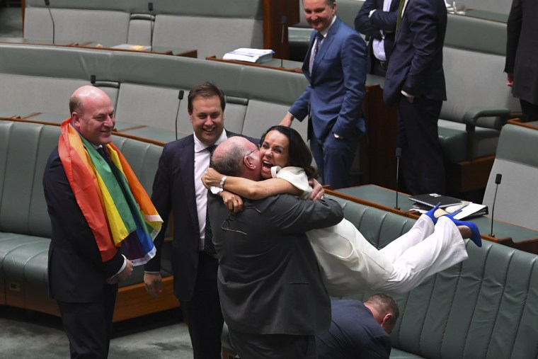 Image: Australian parliament passes bill to legalize same-sex marriage