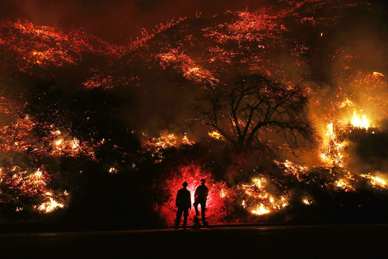 Image: Southern California Wildfires Forces Thousands to Evacuate
