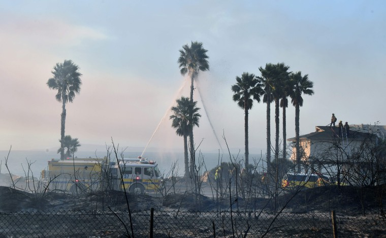 Image: US-FIRE-CALIFORNIA-VENTURA