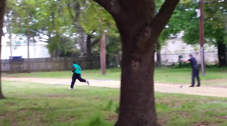 Image: Walter Scott runs from  North Charleston police officer Michael Thomas Slager before he was shot