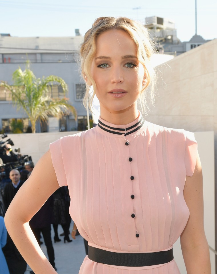 Jennifer Lawrence hair photo