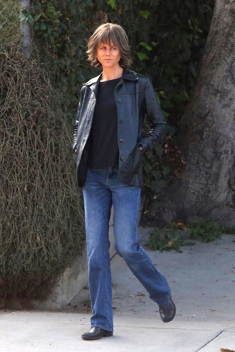 "Nicole Kidman with short brown hair on set of ""Destroyer"" movie"