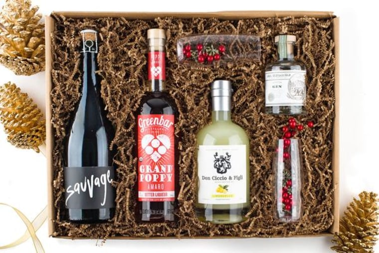 Holiday Sparkling Cocktail Kit