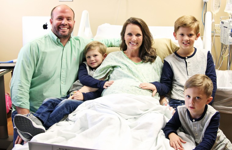 Alabama couple Courtney and Eric Waldrop welcomed sextuplets into the world earlier this week