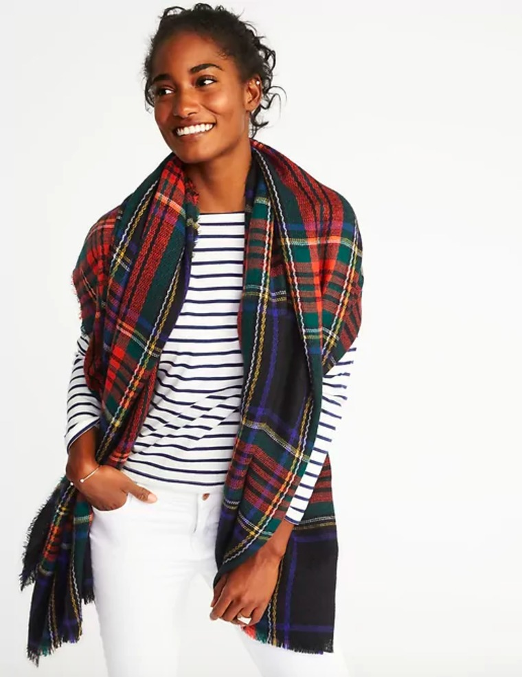 Old Navy flannel blanket scarf