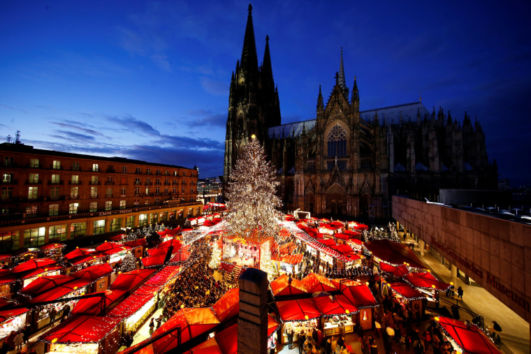 Image: A general view of the Christmas market on the square in front of the world famous gothic cathedral in Cologne