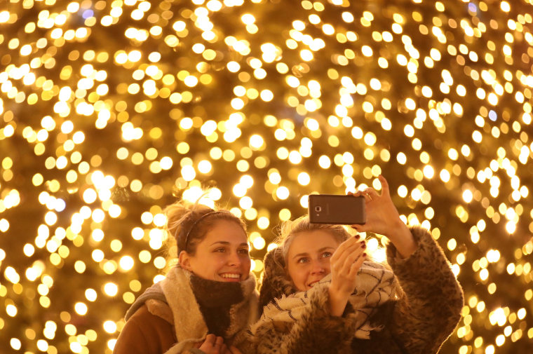 Image: Christmas Markets Open Across Germany