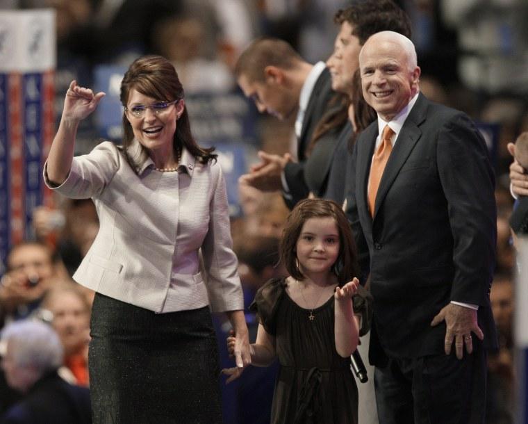 Sarah Palin,John McCain, Piper  Palin